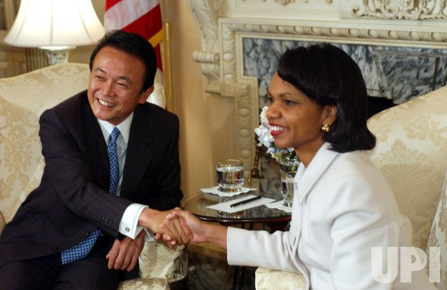 SEC. RICE MEETS WITH JAPAN'S FOREIGN MINISTER ASO