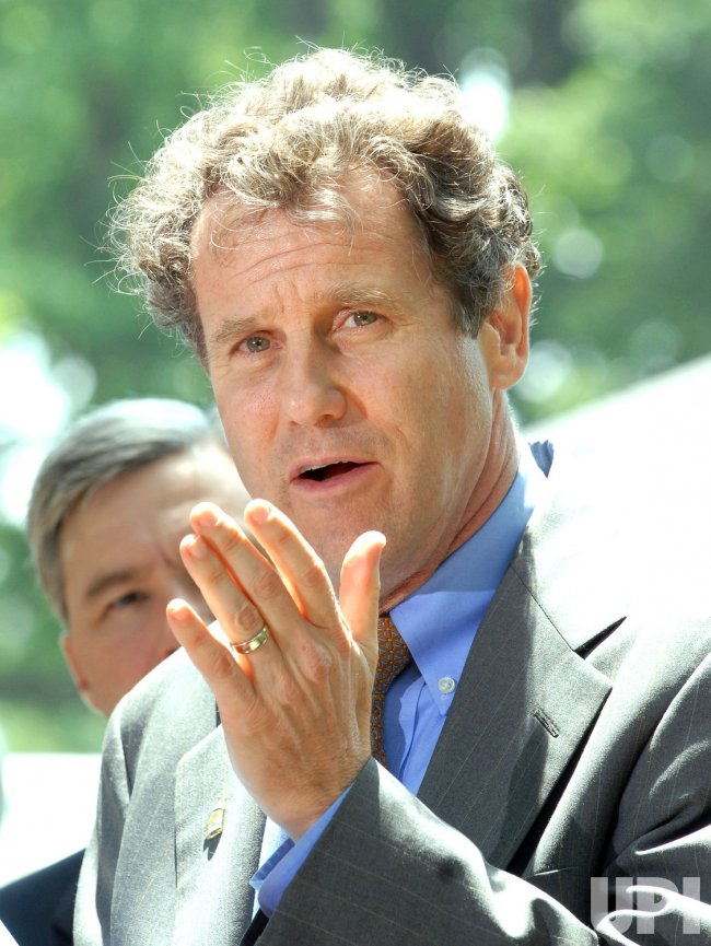 Democratic Senators call for extension of unemployment benefits in Washington