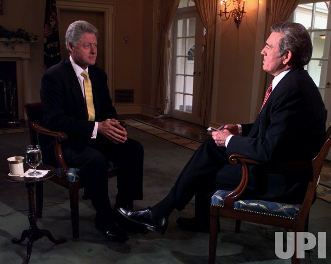 President Clinton meets Dan Rather of CBS