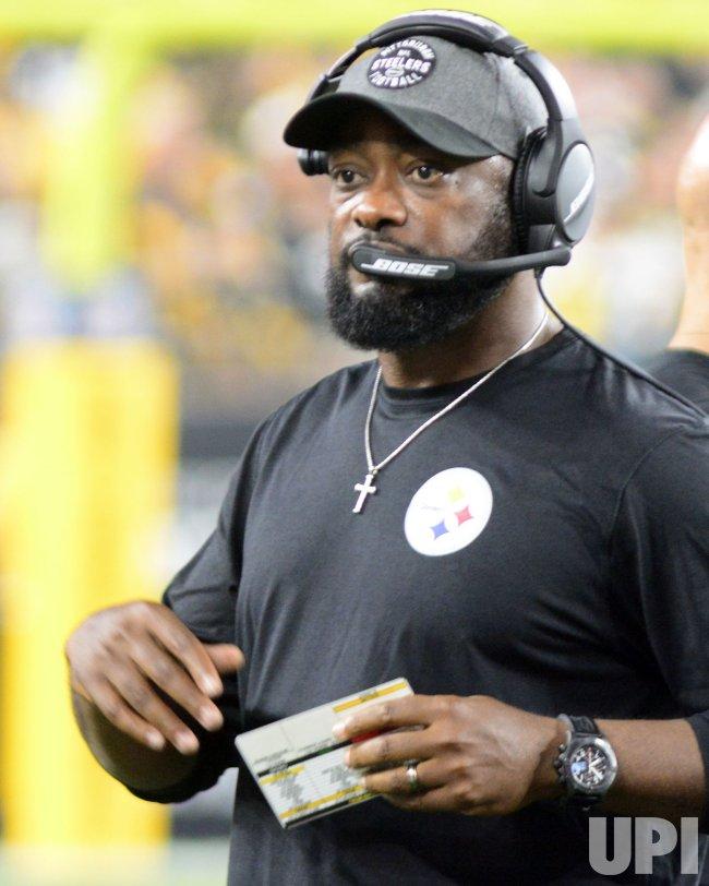 Steelers Head Coach Mike Tomlin During 27 3 Win Upi Com