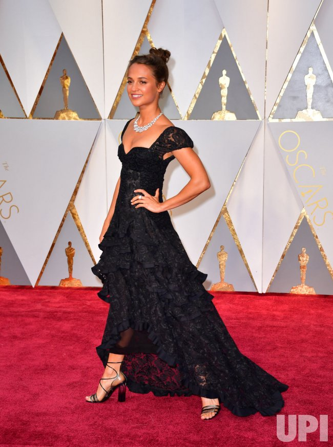 Alicia Vikander arrives for the 89th annual Academy Awards