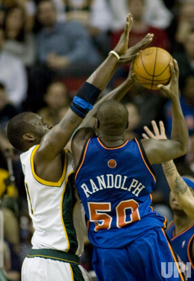 New York Knicks vs Seattle SuperSonics