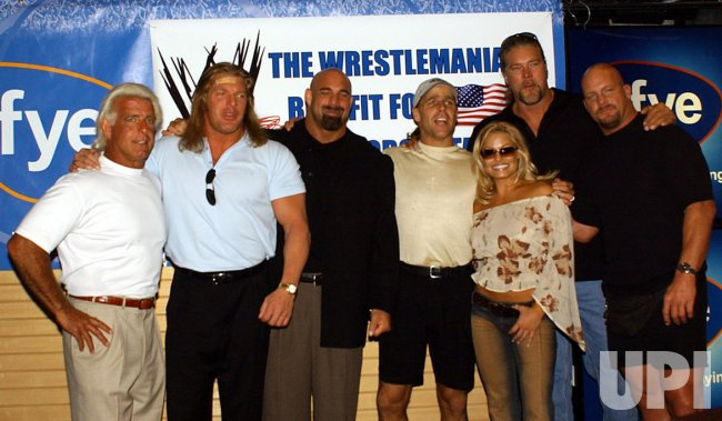 World Wrestling members raise money for families of military personnel killed in Iraq