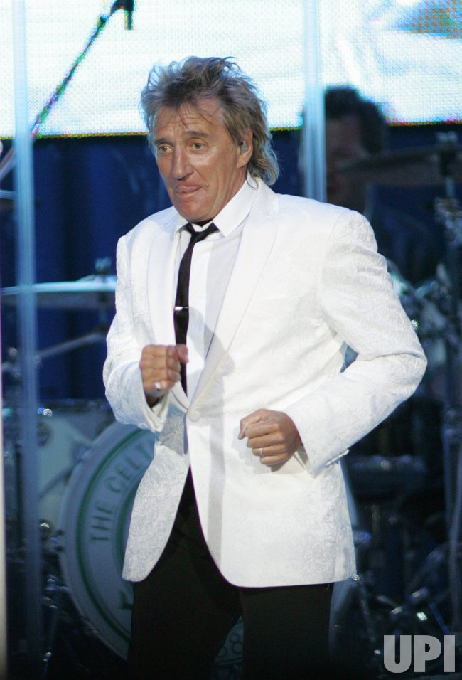 Rod Stewart performs in concert in Hollywood, Florida