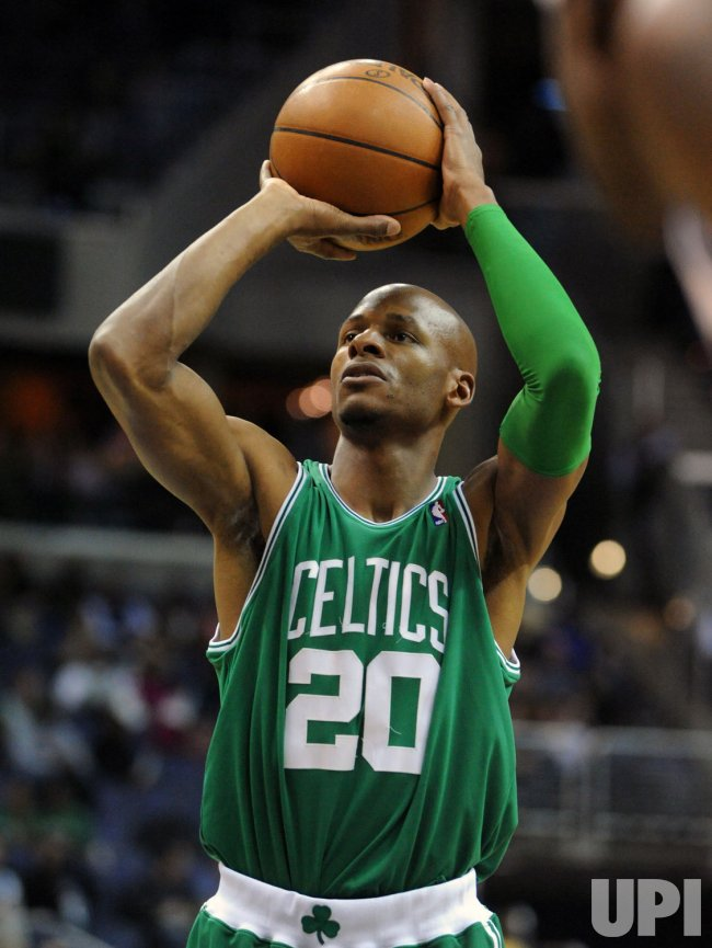 Celtics Ray Allen scores his 20,000 career point against the Wizards in Washington