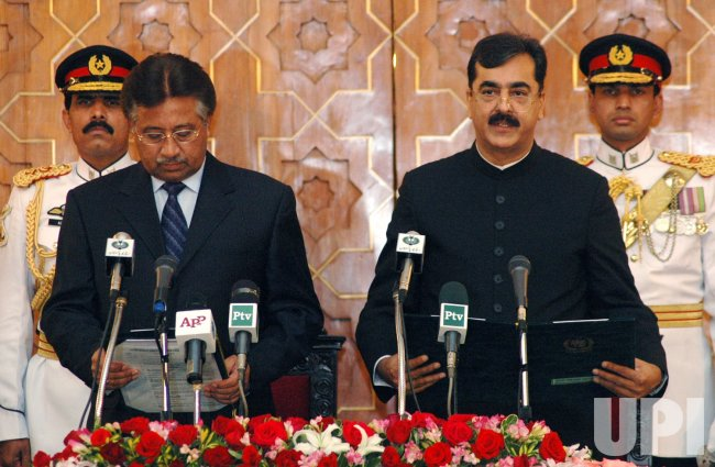 New Pakistani Prime Minister takes the oath of office in Islamabad