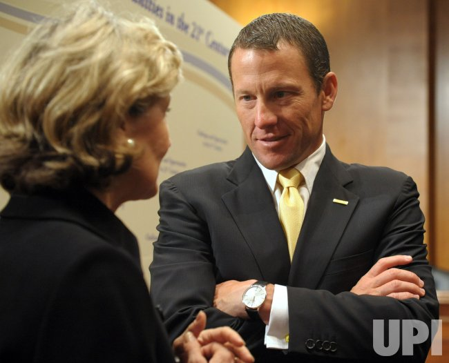 Lance Armstrong, Senate Committee size up cancer on Capitol Hill