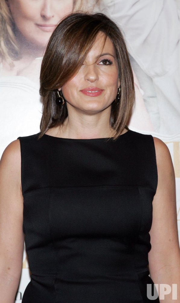 """Mariska Hargitay arrives for the premiere of """"It's Complicated"""" in New York"""