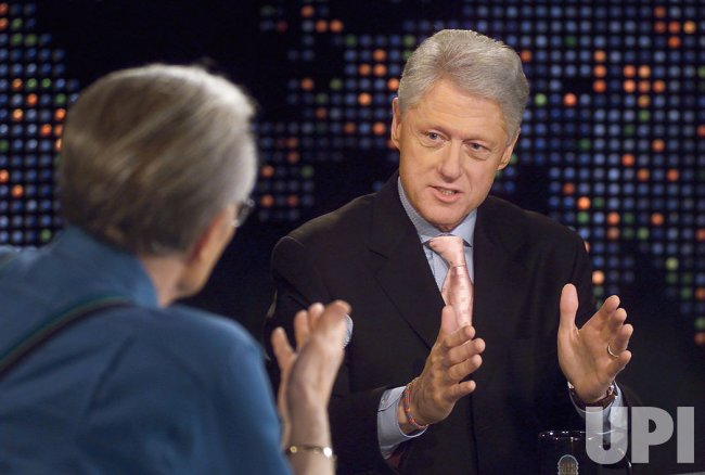 BILL CLINTON INTERVIEWED ON LARRY KING