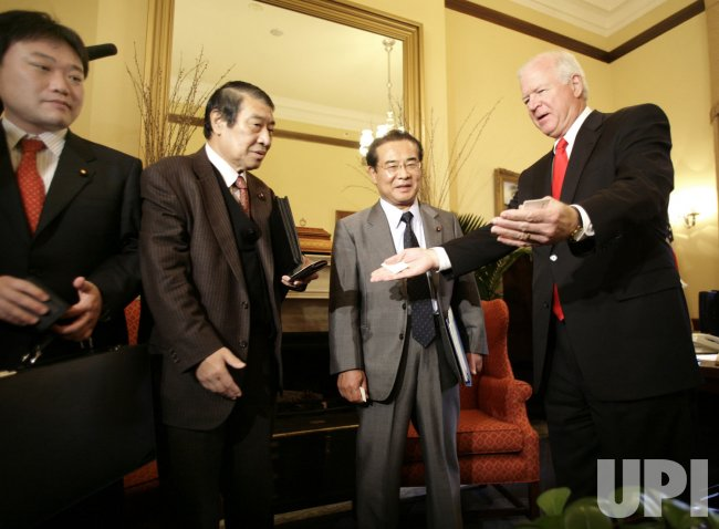 US SENATOR CHAMBLISS MEETS WITH JAPANESEE DELEGATION ON US-JAPAN BEEF TRADE
