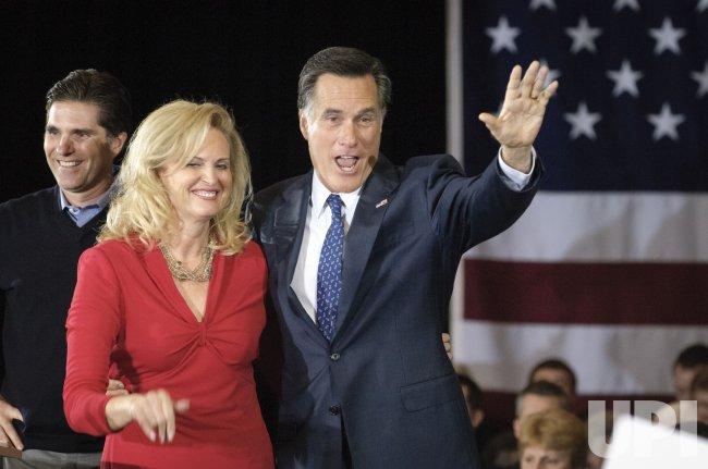 Mitt Romney talks to his supporters in Novi, Michigan