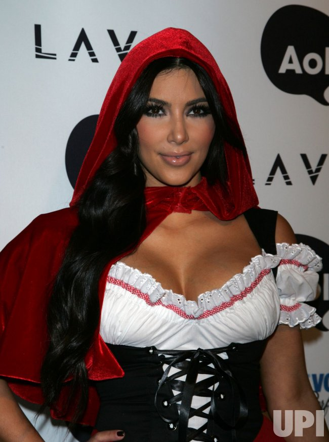 Kim Kardashian arrives for Heidi Klum's Annual Halloween Party at Lavo in New York