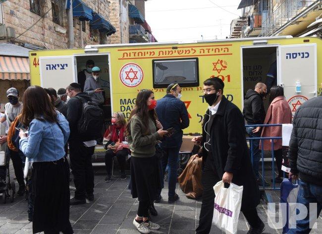 A Mobile Clinic Offers The Coronavirus Vaccine In Jerusalem