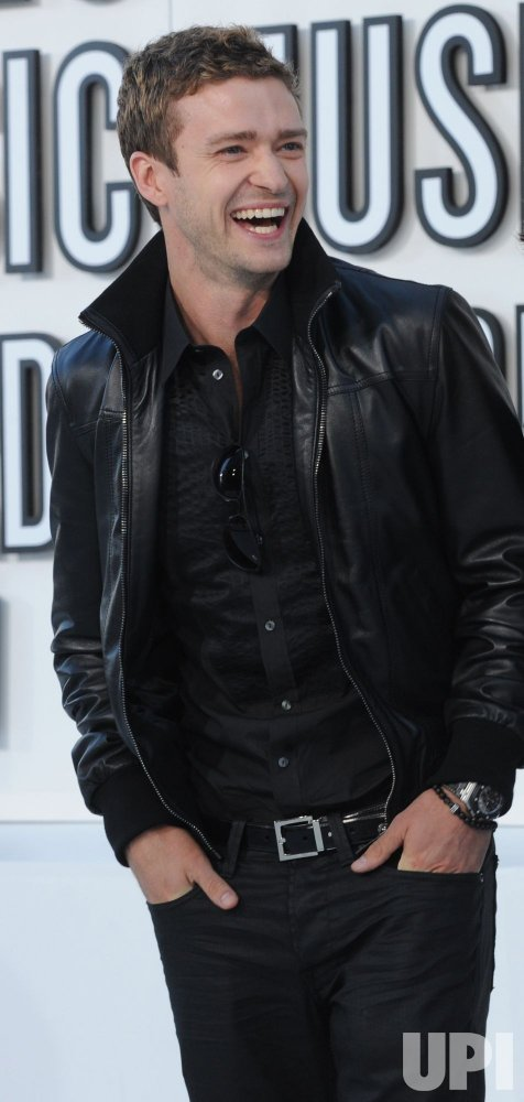 Justin Timberlake arrives at the 2010 MTV Video Music Awards in Los Angeles