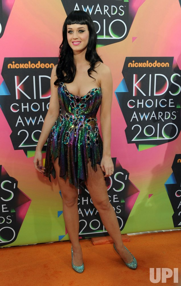 Katy Perry arrives at 23rd annual Kids' Choice Awards in Los Angeles