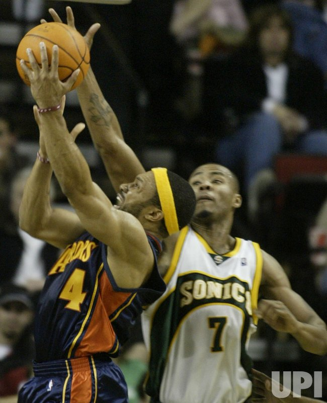 SEATTLE SUPERSONICS VS GOLDEN STATE WARRIORS