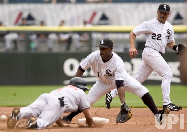 BALTIMORE ORIOLES PLAY THE CHICAGO WHITE SOX IN CHICAGO