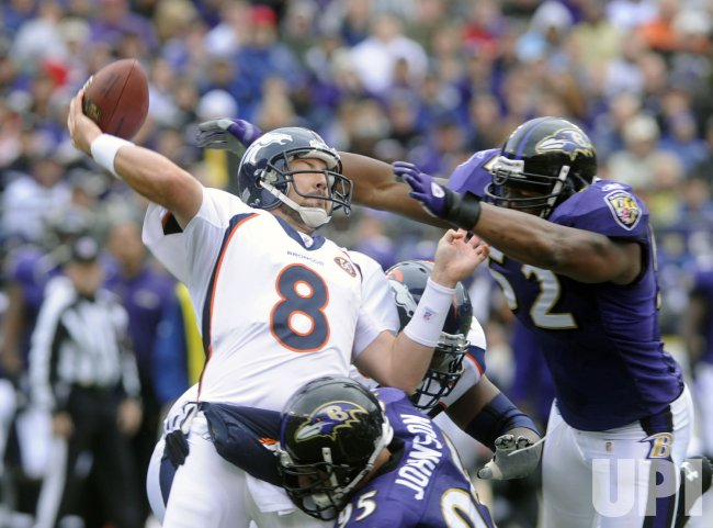 Broncos quarterback Kyle Orton passes against Ravens in Baltimore