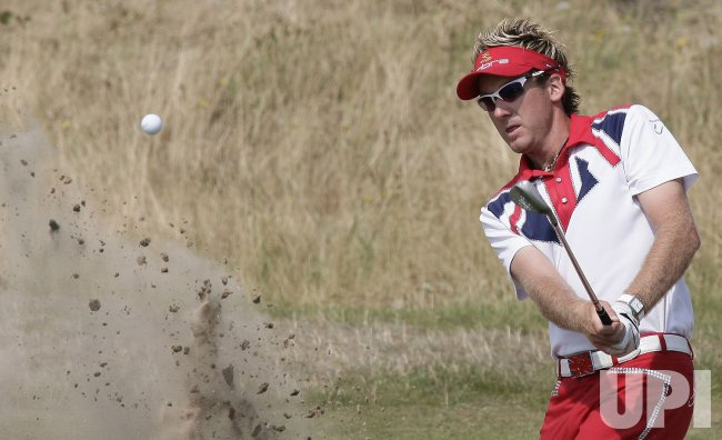 POULTER PLAYS OUT OF BUNKER
