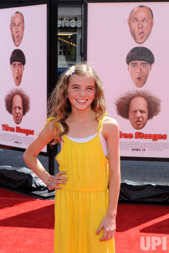 """Avalon Robbins attends """"The Three Stooges"""" premiere in Los ngeles"""