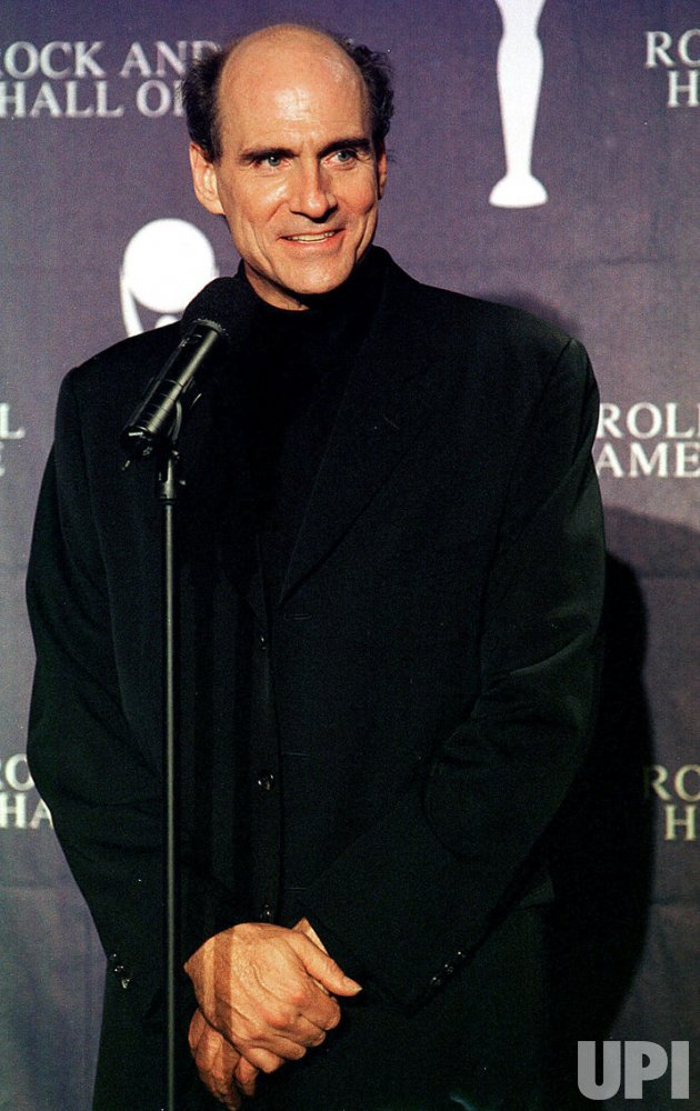 James Taylor will have a bridge in North Carolina named for him