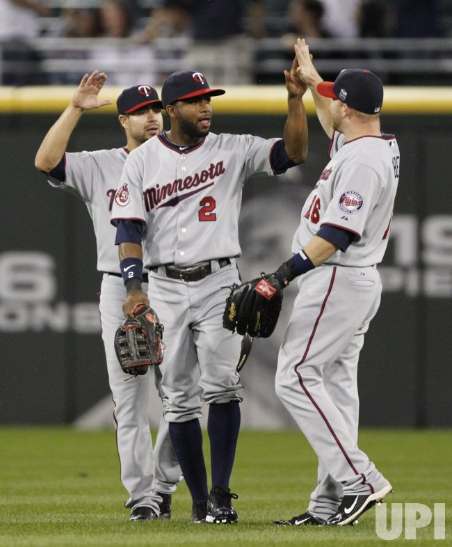 Twins Span, Kubel, Repko celebrate win over White Sox in Chicago