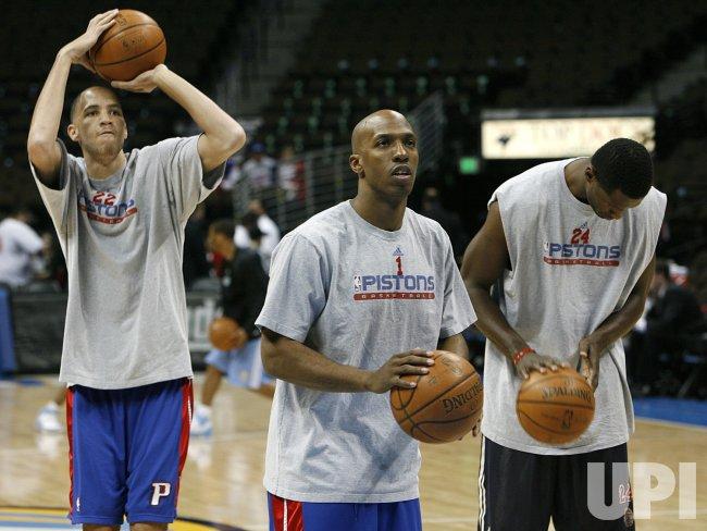 Detroit Pistons vs Denver Nuggets