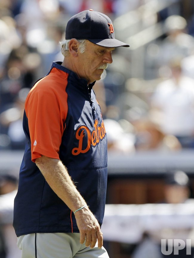 Detroit Tigers manager Jim Leyland walks to the dug out at Yankee Stadium in New York