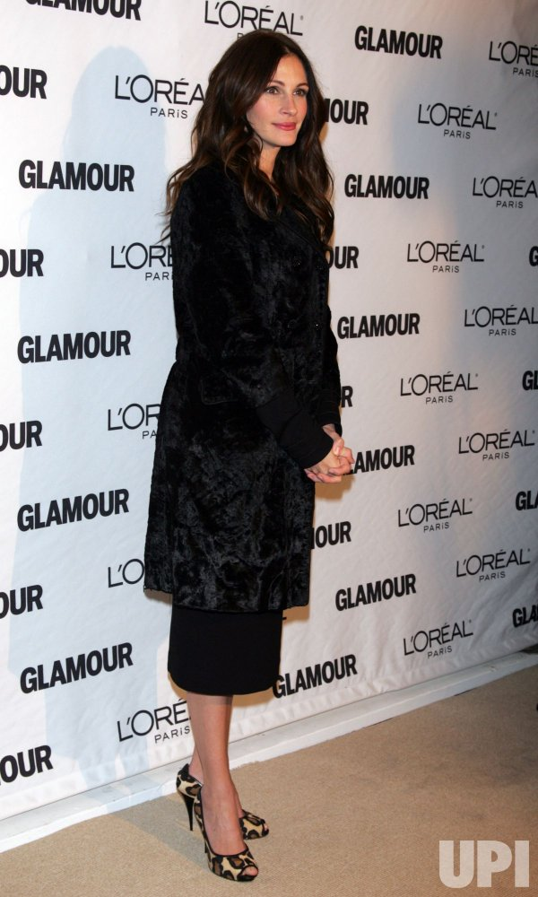 Julia Roberts arrives for Glamour Magazine's 20th Annual Women of the Year Awards in New York