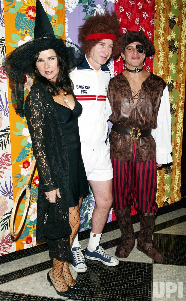"""BETTE MIDLER'S """"HULAWEEN"""" GALA AND BIRTHDAY PARTY"""