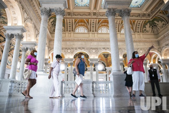 Library of Congress Reopens to Visitors in Washington