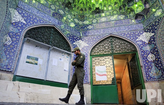 Iranians Vote inSecond Round of Iran Parliamentary Elections in Tehran