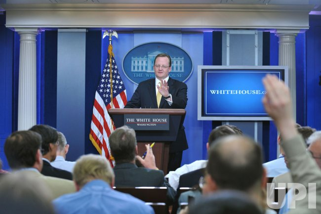 Robert Gibbs speaks about the swine influenza at the White House