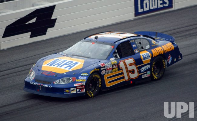 MICHAEL WALTRIP RACES IN COCA-COLA 600 NASCAR RACE