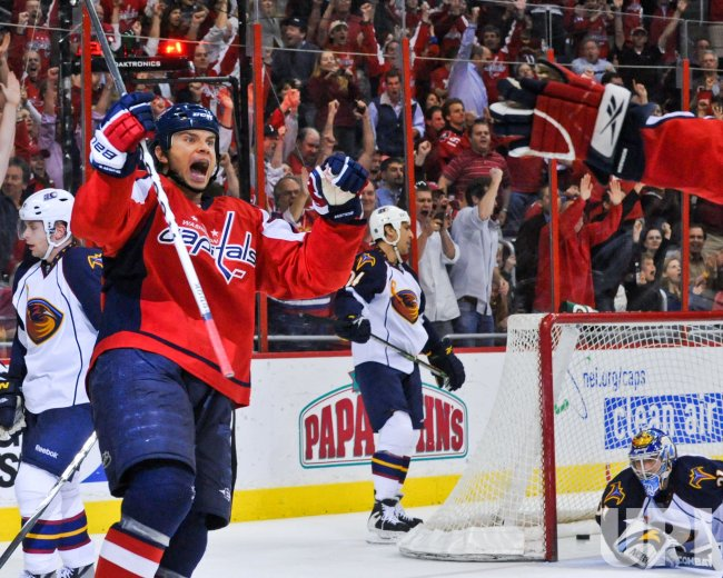 Capitals Bradley scores game-winning goal against Thrashers in Washington