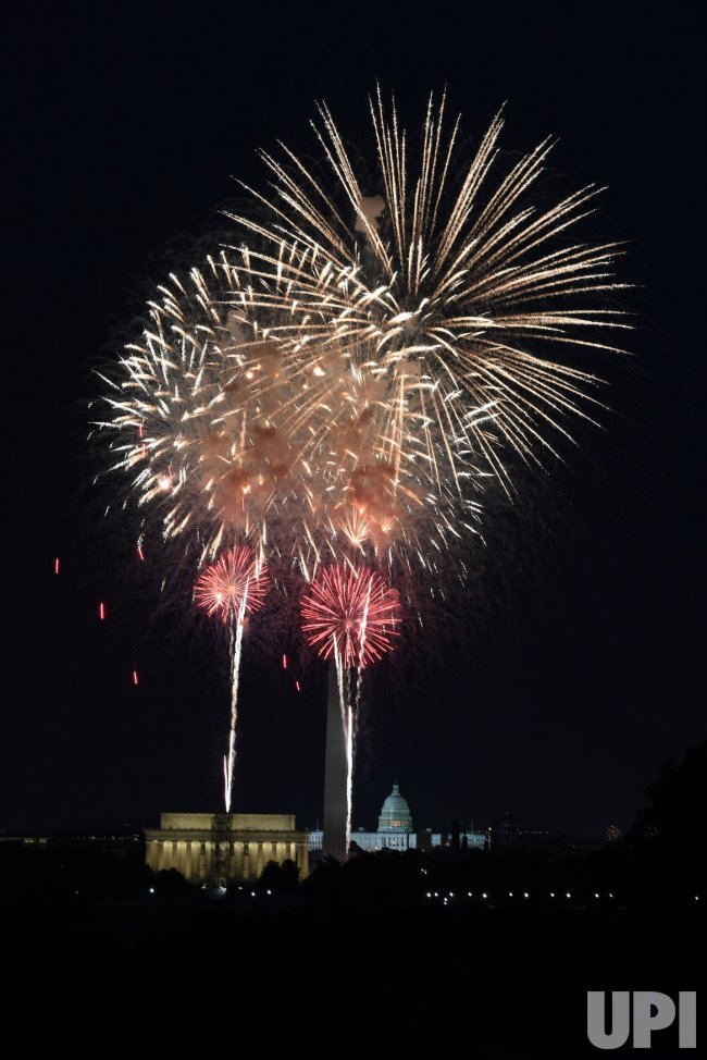 Fourth of July fireworks in Washington
