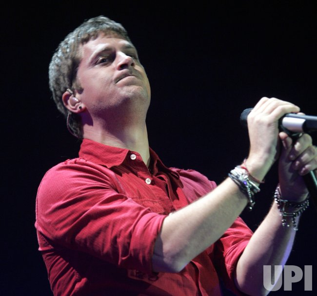 Rob Thomas performs in concert in Hollywood, Florida