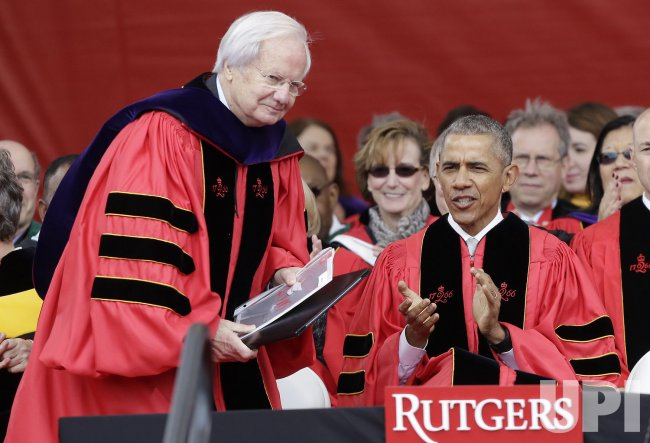 Bill D. Moyers receives an honorary degree at Rutgers