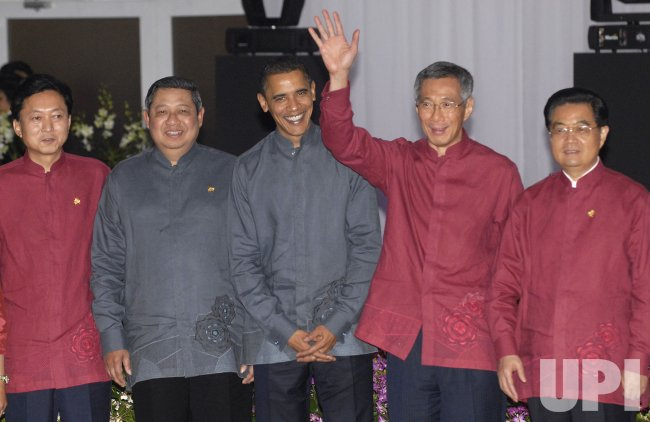 President Obama attends the APEC leaders summit in Singapore