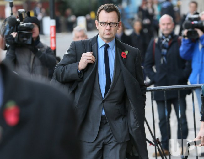 Andy Coulson arrives at Old Bailey for phone hacking trial.