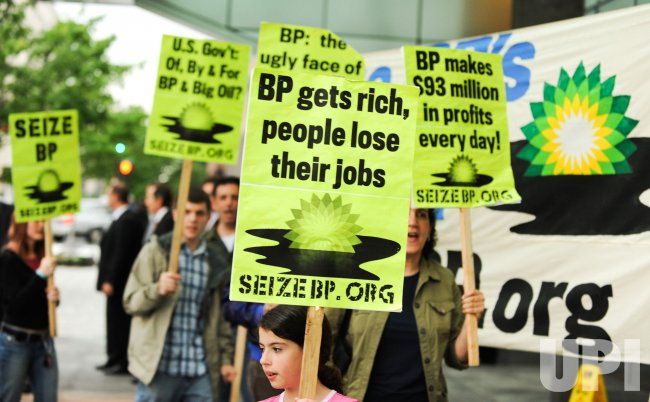 Protesters call on Congress to seize BP's assets in Washington