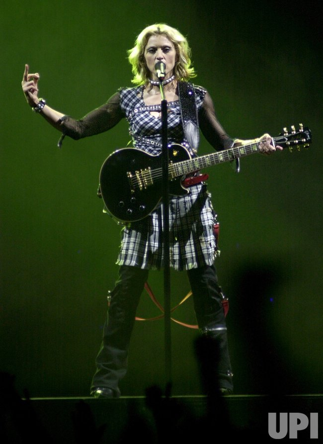 Madonna's Drowned World Tour