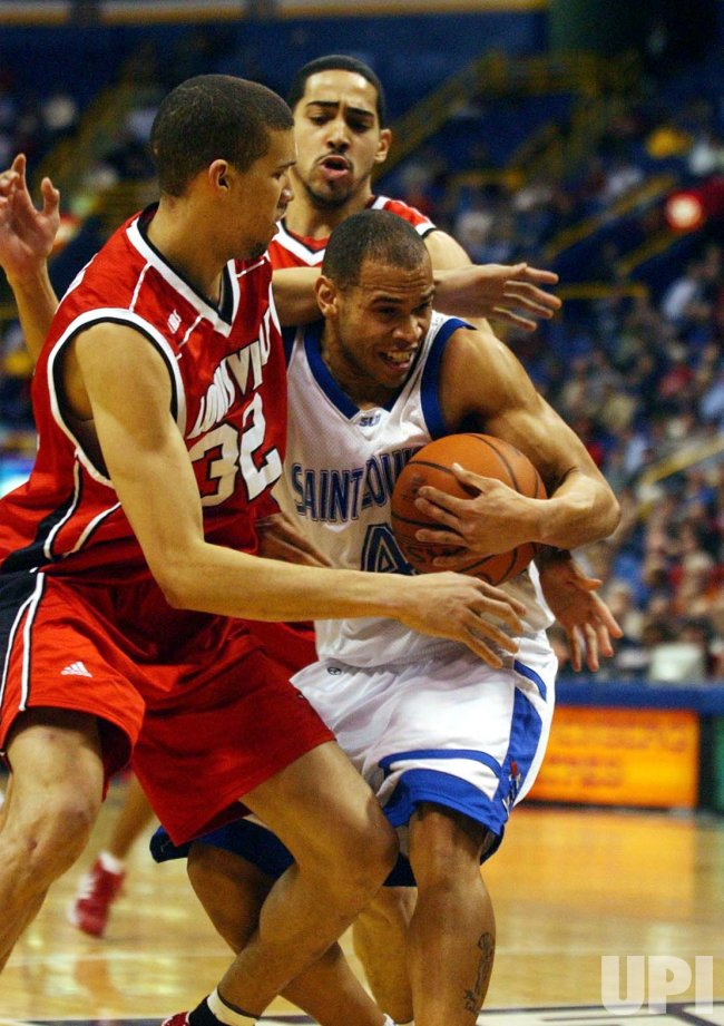 Louisville Cardinals vs Saint Louis University Billikens basketball