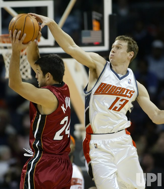 MIAMI HEAT AT CHARLOTTE BOBCATS