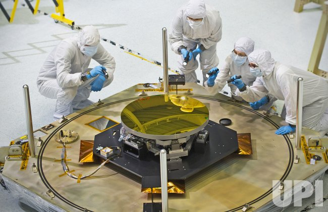 A Clear Reflection on Webb Telescope's Secondary Mirror