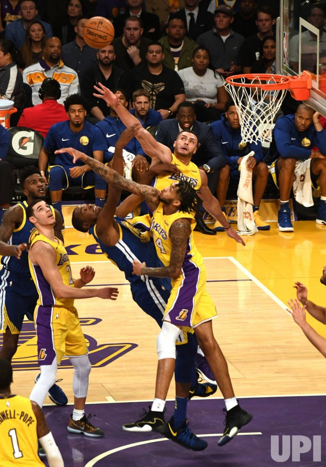 Warriors Kevin Durant shot blocked by Lakers Larry Nance and Brandon Ingram