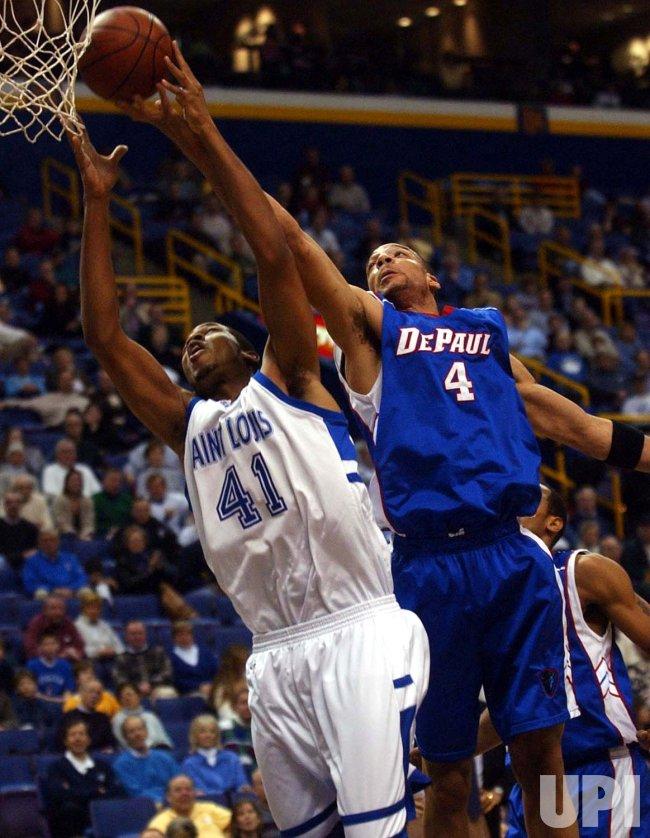 DePaul Blue Deamons vs Saint Louis University Billikens basketball