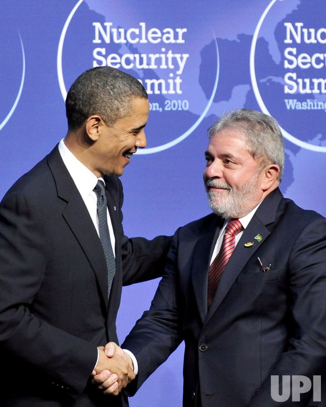 Obama Welcomes President Lula of Brazil to the Nuclear Security Summit