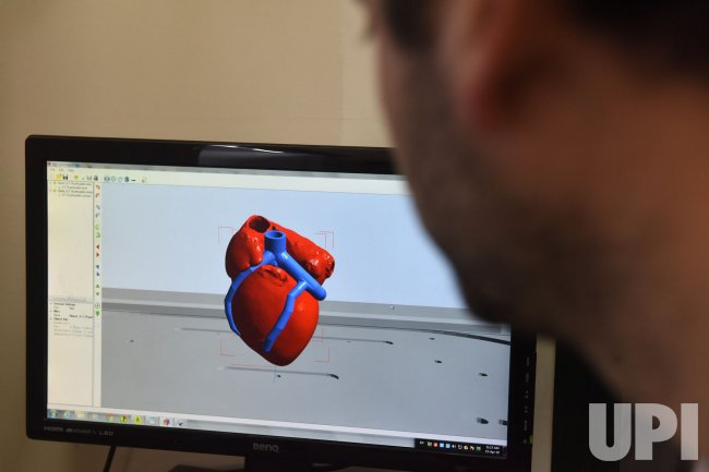 Israeli Scientists Unveil First 3d Printed Heart Upi Com