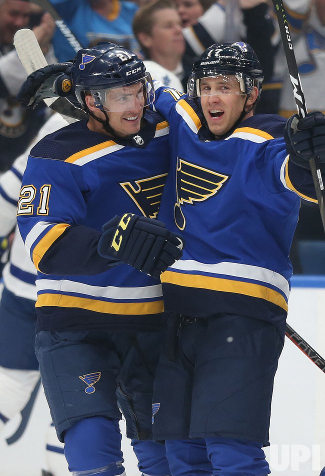 St. Louis Blues Jaden Schwartz scores goal